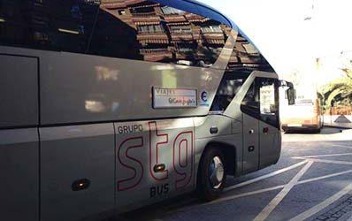 ¿Qué ventajas tiene alquilar un autobús para congresos y ferias?