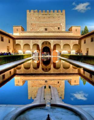 Autobuses para ir a la Alhambra