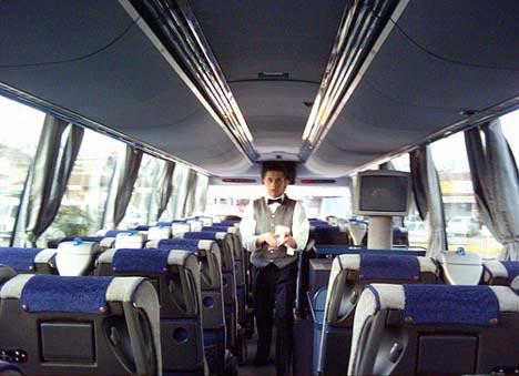 ¿Cuándo alquilar un autobús en Granada?