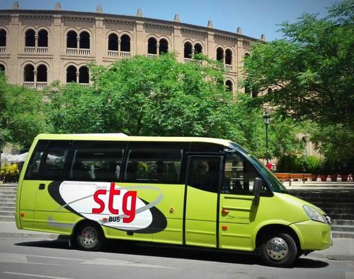¿Por qué viajar a Granada en autobús?